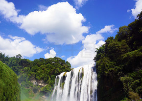 贵州游记——黄果树瀑布蓝天绿树自然风景