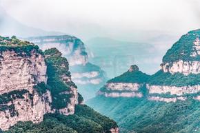 河南安阳太行山山水重岩叠嶂自然风景摄影