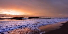 黄金海岸昆士兰澳大利亚上空的日出