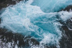 冰岛 Bruara 河美丽 Bruarfoss 瀑布鸟瞰图