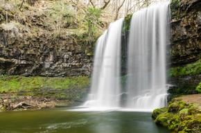 布雷肯山瀑布 2