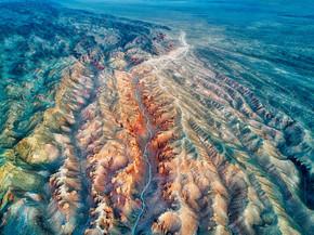 哈萨克斯坦东南部的查林峡谷, 2018年8月拍摄于 hdr