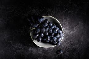 成熟的葡萄,在碗里
