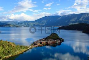 鹿谷湖迷人的自然风光