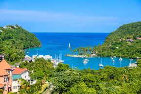 马里戈特湾位于圣卢西亚加勒比岛西海岸.